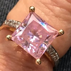 Stunning Vintage 14K Gold CZ Pink Sapphire Ring